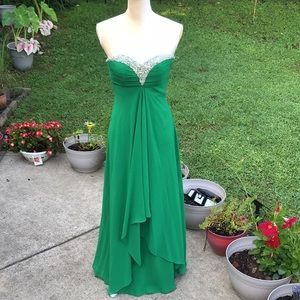 Faviana Strapless Formal Gown Green Size 2